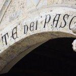 Banca Iitaliei Monte dei Paschi suspendă acţiunile în urma testelor de stres