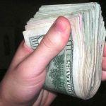 Banii negri platiti, nu vin intotdeauna din banii negri ai patronului