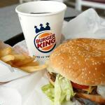 Burger King renunță la paternerul de franciză