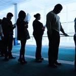 Șomajul din Marea Britanie scade cu 115.000 la 1.96 milioane
