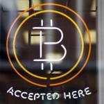 """Bitcoin a fost desemnată """"cea mai proastă investiție de 2014"""""""