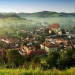 Opt miliarde de euro pentru dezvoltarea satelor din 2015