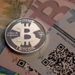 Bitcoin urmează un roller coaster