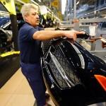 Angajați suspecți la Daimler