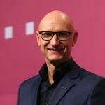 Telekom face promisiuni investitorilor
