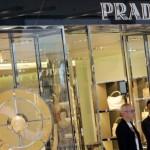 Lupta anticorupţie din China scade profitul producătorilor de lux precum Prada