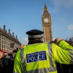 Poliția din Anglia și Țara Galilor se confruntă cu reduceri bugetare majore
