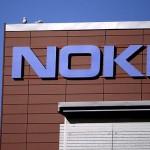 Hollande pune condiții pentru Nokia