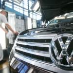 Directorul VW votat să rămână