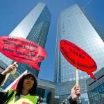 Angajații Postbank primesc garanția job-ului