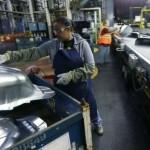 Creșterea prețurilor încetinește producţia din zona euro