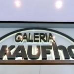 Acționarii pedepsesc Metro pentru vânzarea Kaufhof
