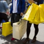 Vânzările cu amănuntul din Marea Britanie au scăzut în luna mai