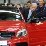 Daimler bagă un miliard în fabrica de la Rastatt
