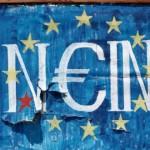 Oficialii zonei euro prezic un al treilea plan de salvare a Greciei într-o lună