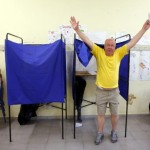 """Grecia trebuie să introducă o altă monedă dacă votul va fi majoritar """"NU"""""""