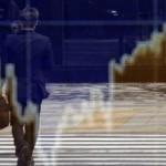 Cele mai mari bănci din lume vor plăti 2 miliarde de dolari pentru manipularea pieţei valutare