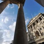 Banca Angliei a votat 8-1 pentru a menține ratele la 0,5%