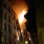 Opt oameni au decedat într-un incendiu din Paris