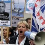 Angajați ai Air France arestaţi în urma protestelor violente