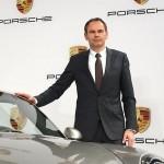 Blume conduce Porsche