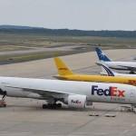 FedEx are voie să preia TNT