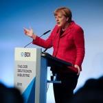 Merkel îndeamnă la parteneriat în criza refugiaților
