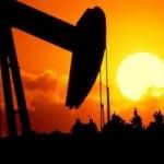Prețul petrolului va atinge 70 de dolari barilul, până în 2020