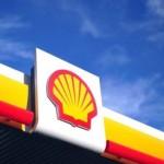 Royal Dutch Shell intentioneaza să reducă 2,800 locurilor de muncă, după acordul cu BG