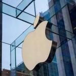 Apple avertizează că vanzarile de iPhone-uri vor scădea pentru prima dată, dar profitul creste
