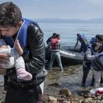 La loc comanda-Merkel: Refugiaţii trebuie să se întoarcă în ţările lor după terminarea războaielor