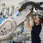 Constructorii de mașini înregistrează un record în exporturi