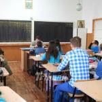 Expertii din invatamint recomanda pentru gimnaziu multe opţionale şi ore de sport şi mai puţine ore obligatorii