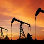 Preţul petrolului va rămâne scăzut o perioadă lungă, chiar şi zece ani