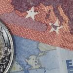 Scăderea bruscă a preţurilor la energie trimite zona euro în deflaţie