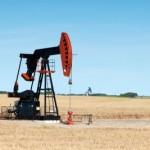 Prețurile petrolului se vor lupta pentru a sparge bariera de 45 de dolari pe baril în ciuda slăbirii dolarului american