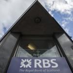 """RBS inlocuieste 500 de angajati cu """"robo-consilieri"""""""