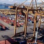 Chinezii cumpără portul din Piraeus