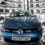 Sefii Volkswagen vor fi plătiti cu 63 de milioane de euro în ciuda pierderilor record