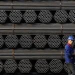 China aruncă mai mult oțel pe piață