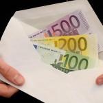 BCE ar putea face cadou 1300 de euro pe cap
