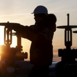 Producția de petrol rusesc, la cel mai înalt nivel din ultimii 30 de ani înainte de reuniunea de la Doha