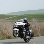 Zambetul zilei! Politist motociclist