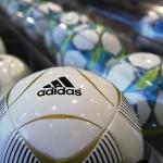 Adidas rămâne loială FIFA