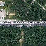 Activiștii derulează o inscripție de 400 de metri lungime