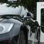 Tesla stimulează productia in masa pe piața auto