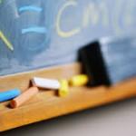 Elevii şcolilor primare, cer candidaţilor la primării promisiunea solemnă că vor face din educaţie o prioritate