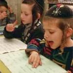 Zambetul zilei! Copilul unor evrei