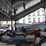 Primarul Parisului anunță planurile de a crea o tabără de refugiați in capitala franceză