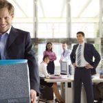 Reguli stupide care fac angajatii buni sa demisioneze